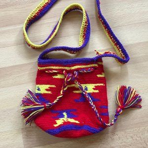 NWOT Colorful woven purse from Colombia